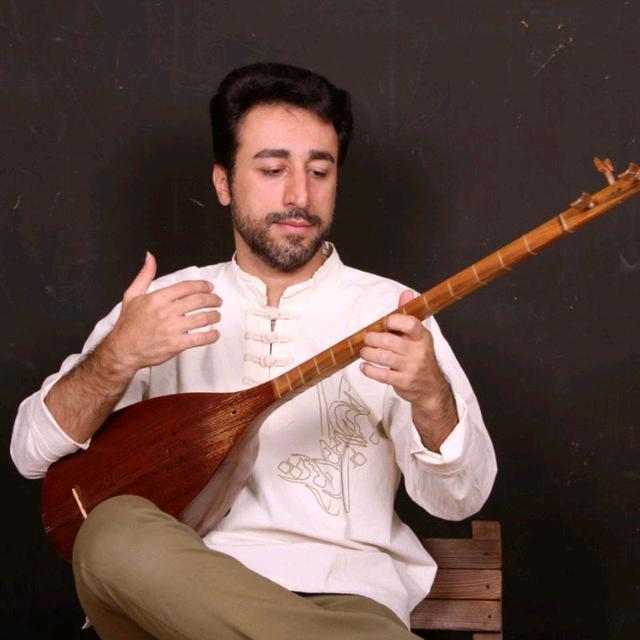 آموزشگاه موسیقی رازان - پرهام وحیدی فر