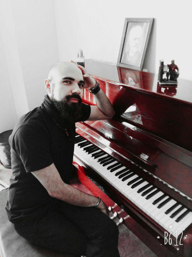 آموزشگاه موسیقی رازان - علی حاجی کریم